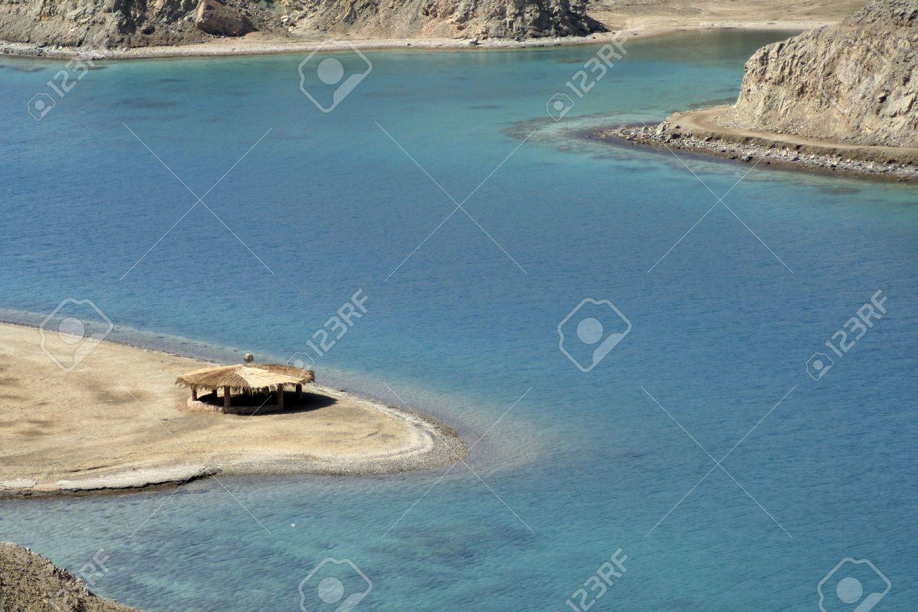 reed hut on beach, red sea, sinai, egypt Stock Photo - 3930772