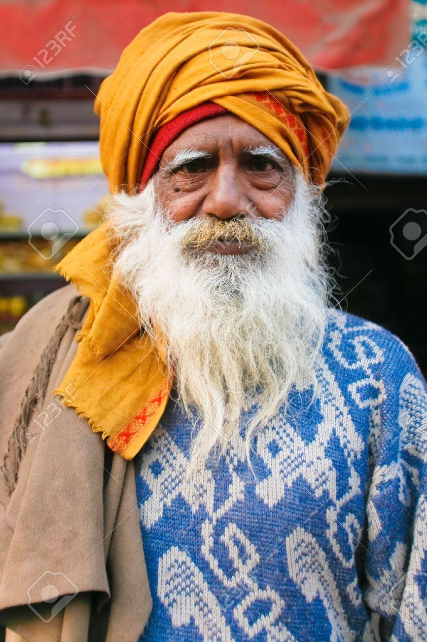 DELHI - JANUARY 19: Portrait of elderly bearded Brahman man with orange turban on January 19, 2008 in Delhi, India. Brahmans are considered the highest in the caste system. Stock Photo - 8945308