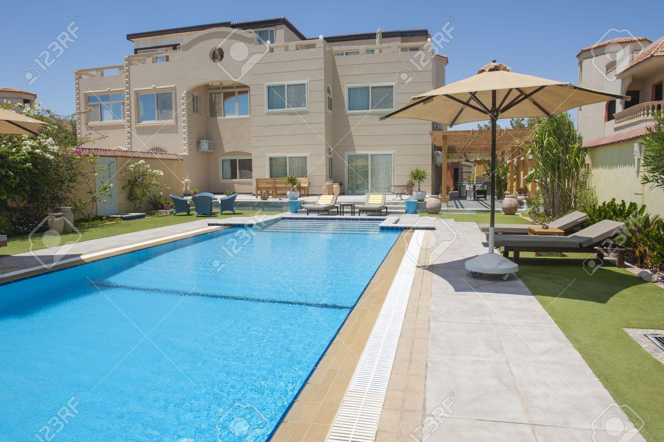 Villa di lusso spettacolo a casa in una località tropicale con