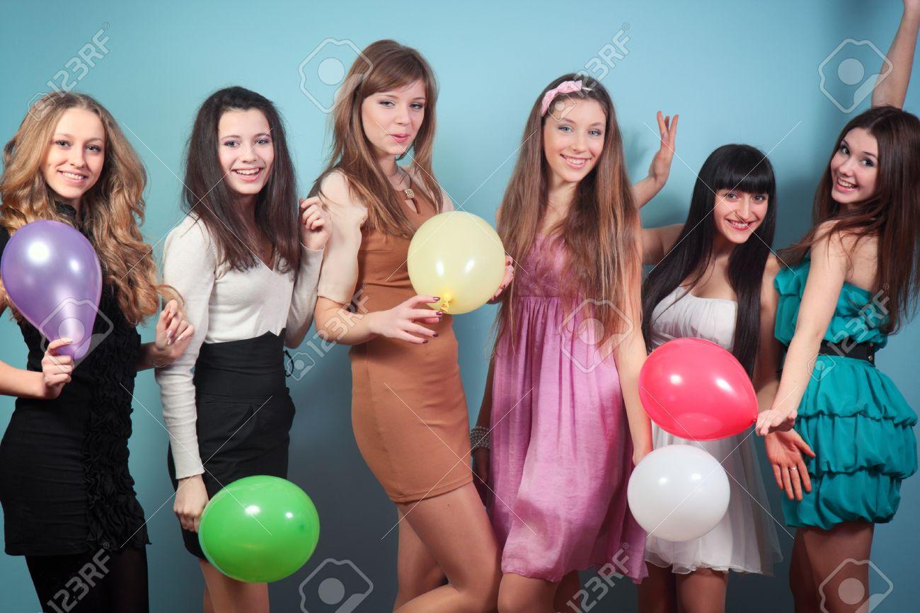 Фото русских девушек на вечеринке 16 фотография