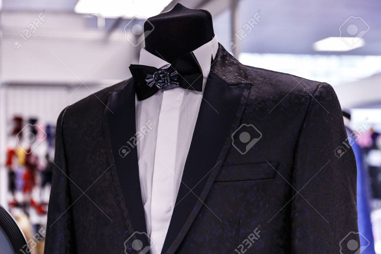 Wedding Mens Suits In Wedding Shop On Mannequins Stock Photo ...