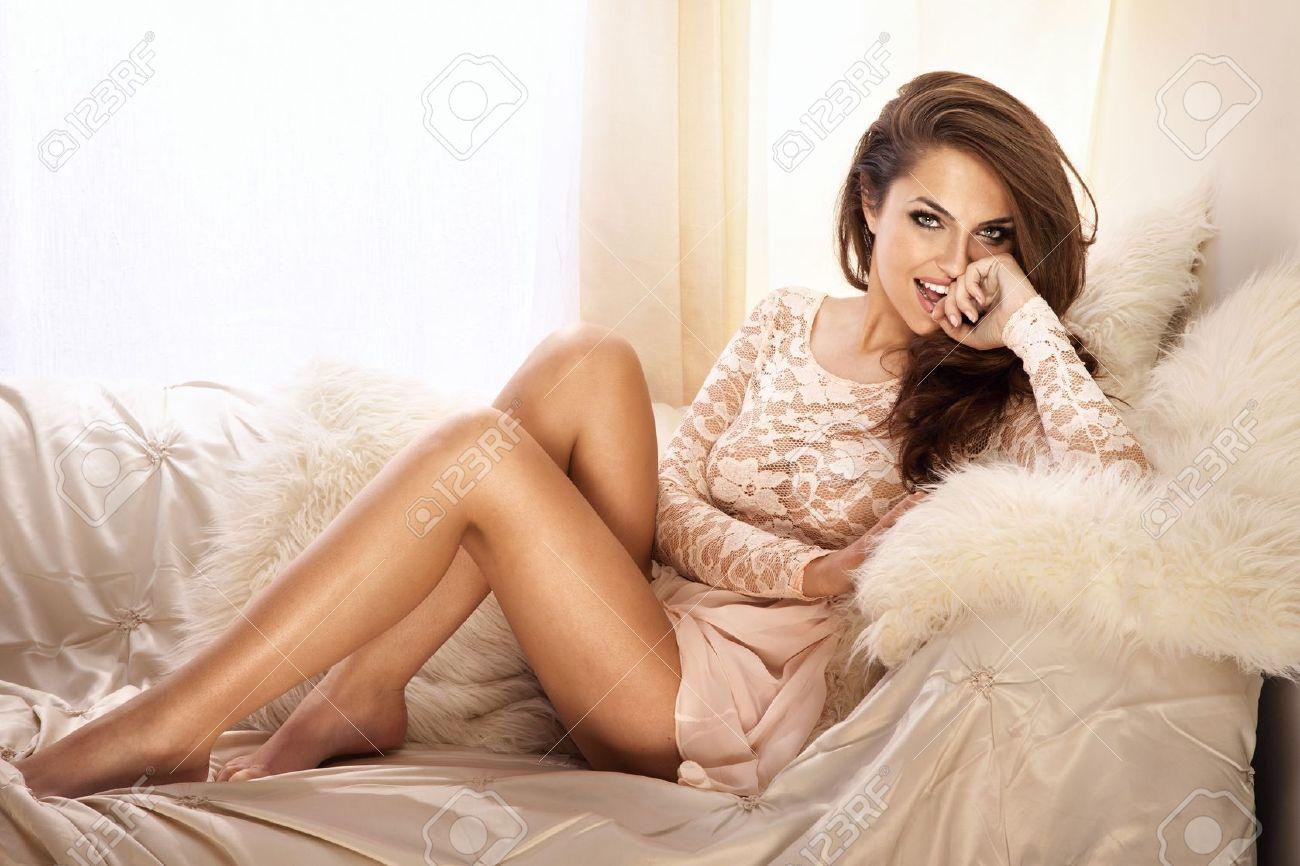 Смотреть красивый секс с красивой сестрой 21 фотография
