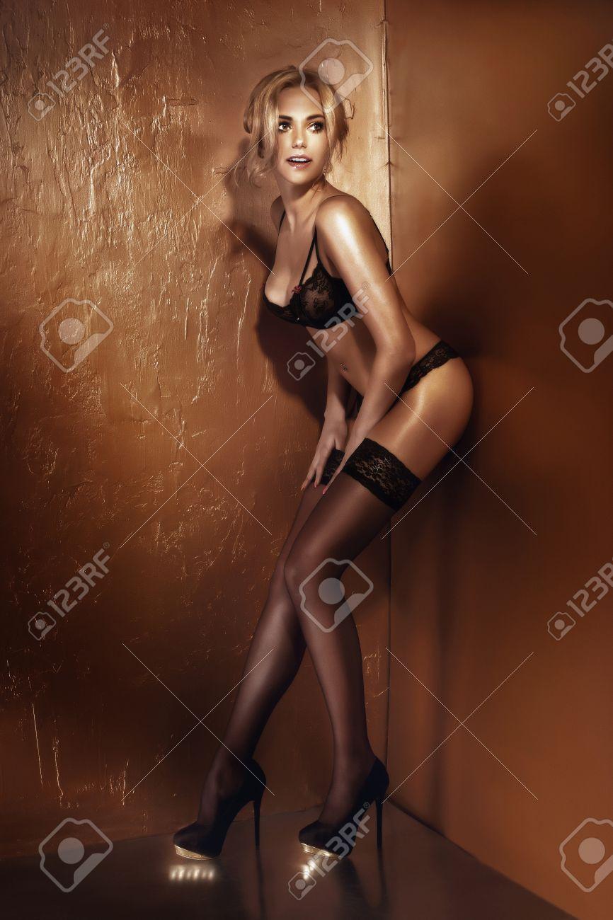 high heels dessous sexy heiße mädchen