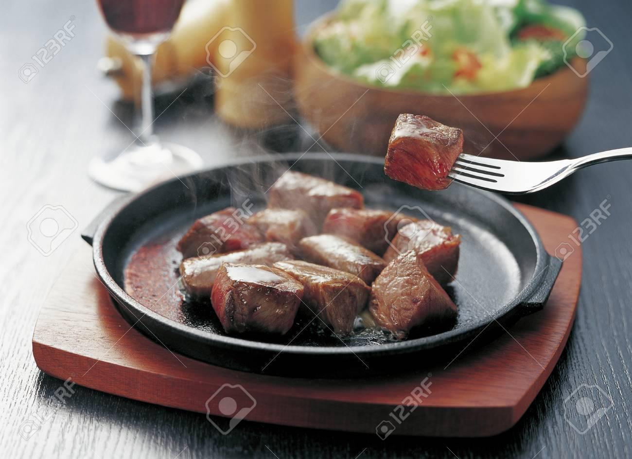 ステーキ サイコロ