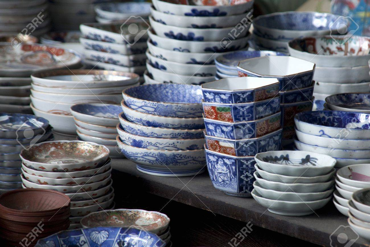 Japanese plates Stock Photo - 39589589 & Japanese Plates Stock Photo Picture And Royalty Free Image. Image ...