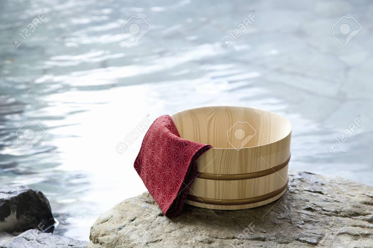 Bath and tub - 50195081