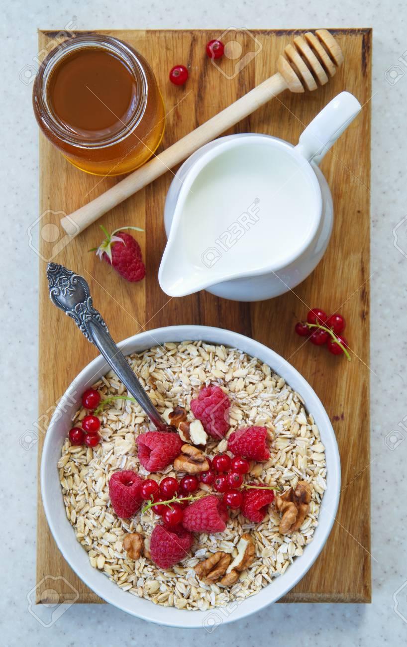 Gesundes Frühstück Haferflocken Joghurt Frisches Obst Honig