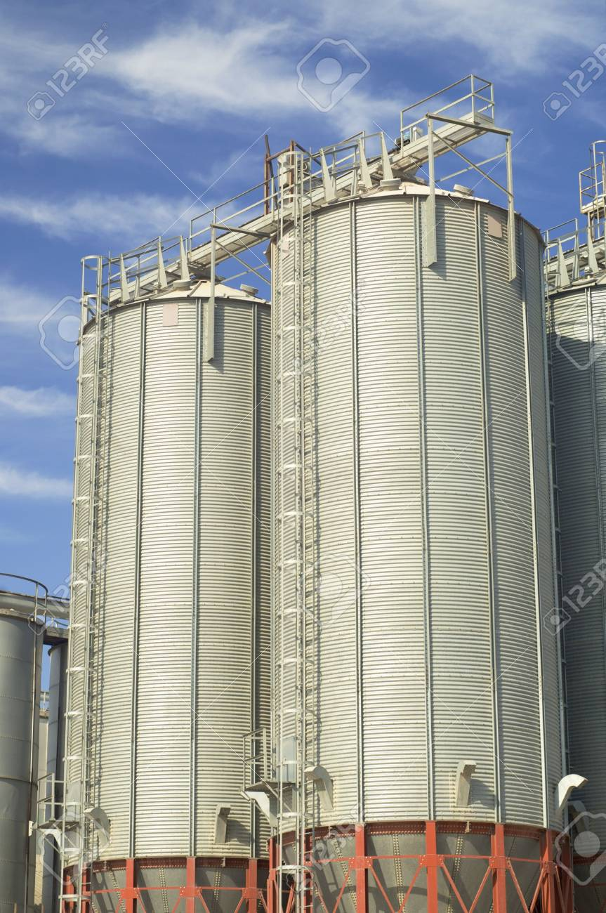 View of modern grain silos Stock Photo - 6102309