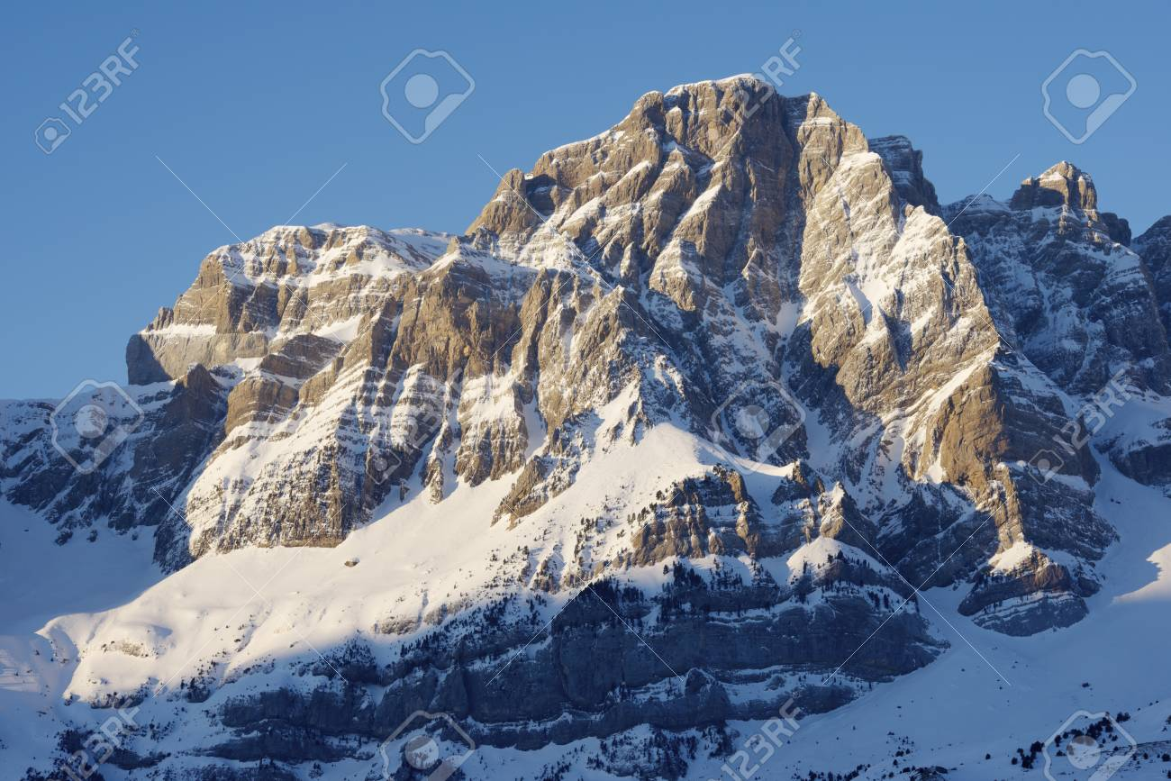 Sunrise in Telera Peak, Partacua Mountains, Tena Valley, Pyrenees, Huesca, Aragon, Spain Stock Photo - 18677140