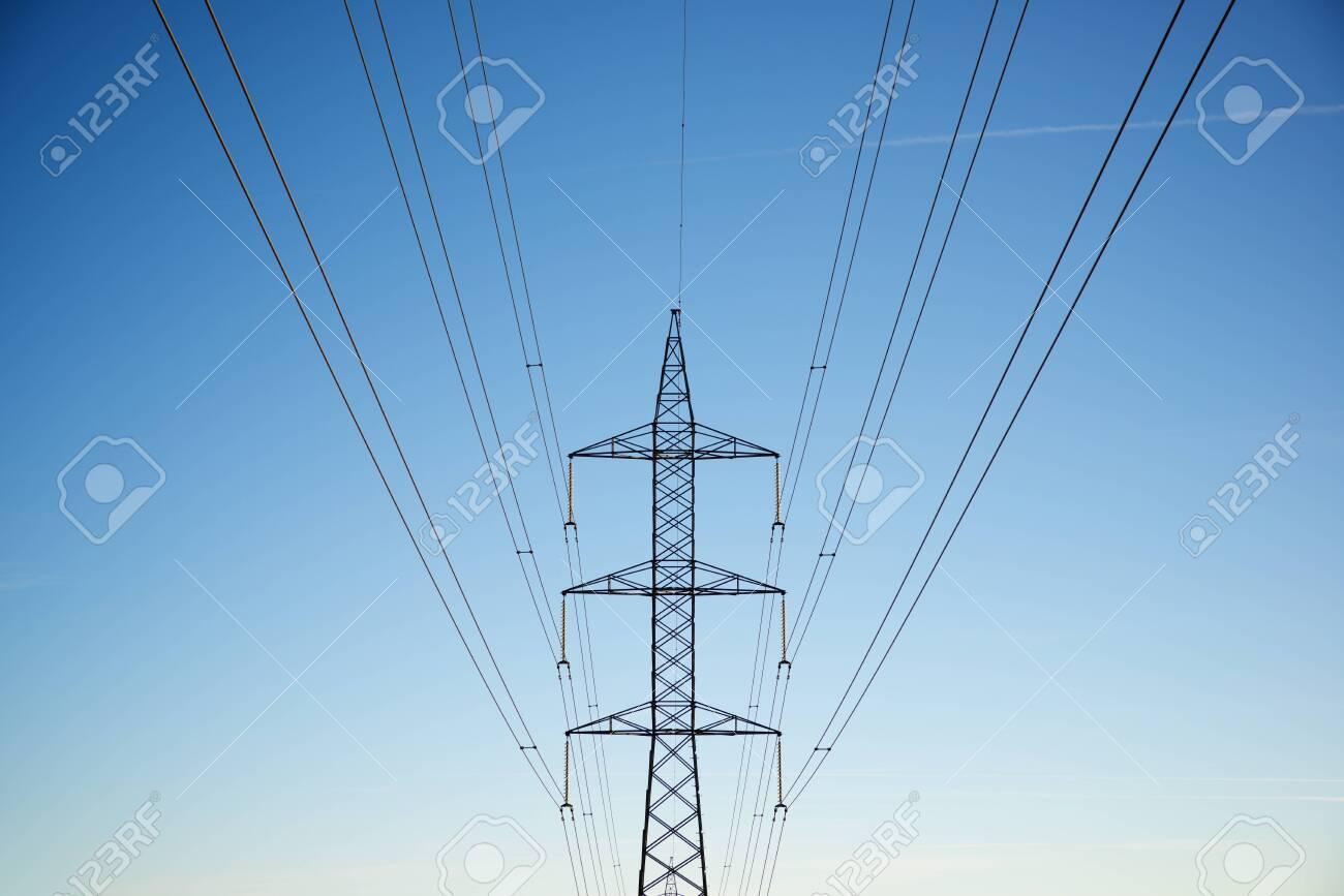 Power line in Zaragoza province, Aragon in Spain. - 142625902