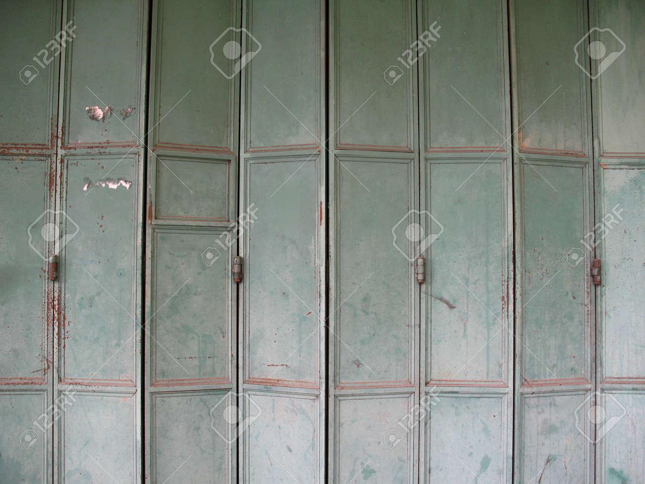 Amazing Folding Metal Doors Images - Exterior ideas 3D - gaml.us ...