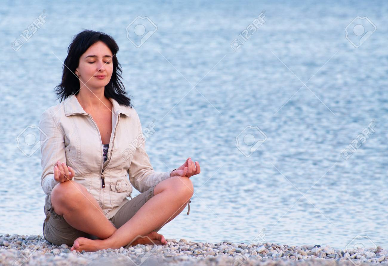 Woman on the beach relaxing Stock Photo - 7850061