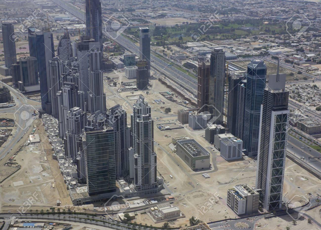 la vista desde arriba en dubai la torre ms alta del mundo burj dubai