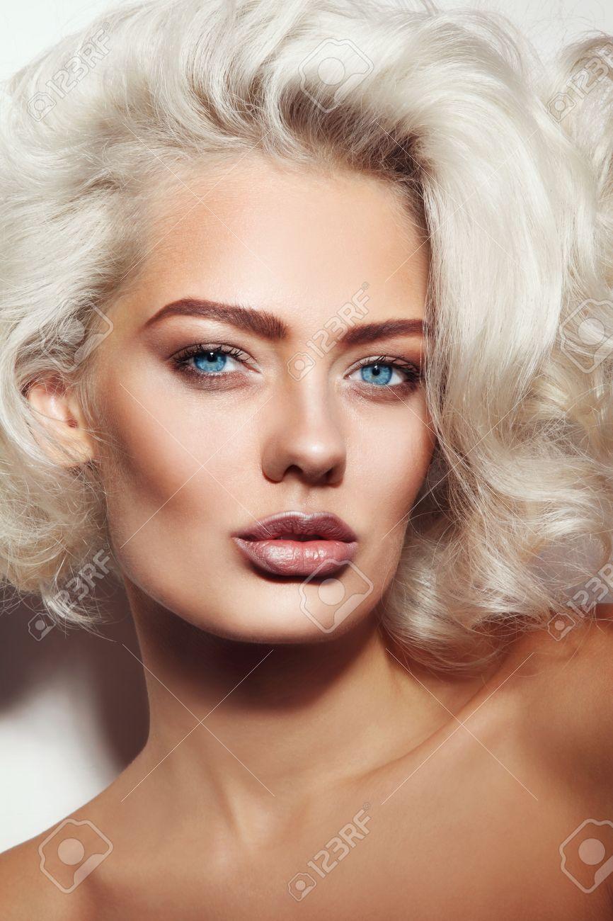 2019 year for lady- Hair platinum tan skin photo