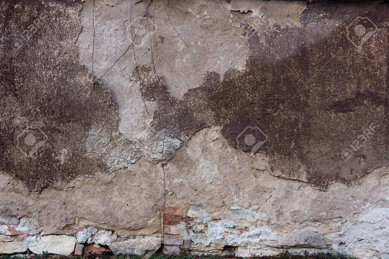 Battered old wall - 53670093