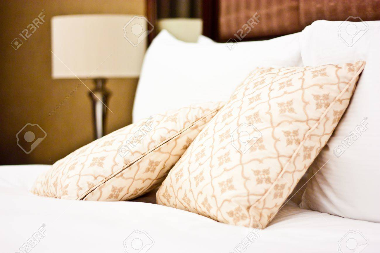 Concept for luxury and Honeymoon, pillows in a luxury hotel Stock Photo - 13849261
