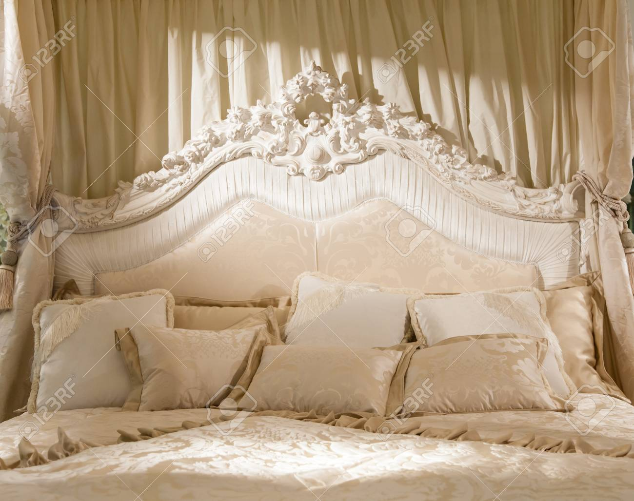 Banque Du0027images   Chambre Blanche Avec La Lumière Douce De Cette Image  Romantique