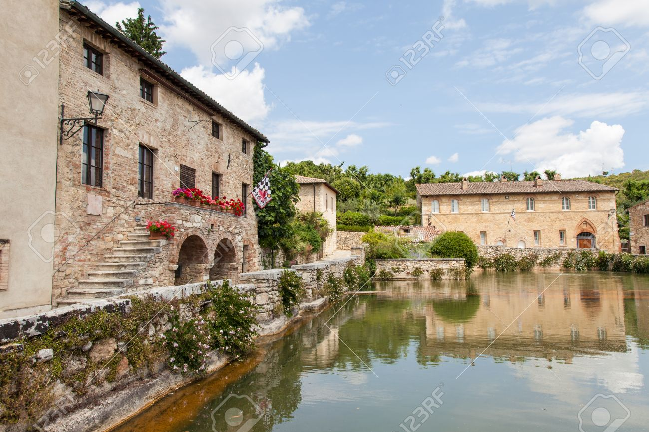 Bagno Vignoni, Ancient Tuscan Village In Val D\'Orcia, Italy Stock ...
