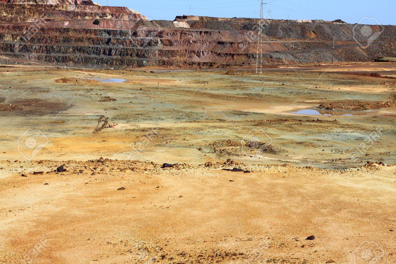 Iron pyrite, Corta Atalaya, the largest open pit mine in Europe, Minas de Riotinto, Nerva  Huelva province, Andalusia, Spain Stock Photo - 22662979