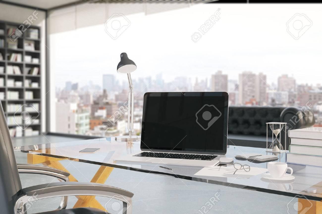 Gros plan de la créativité en milieu de travail de bureau avec un