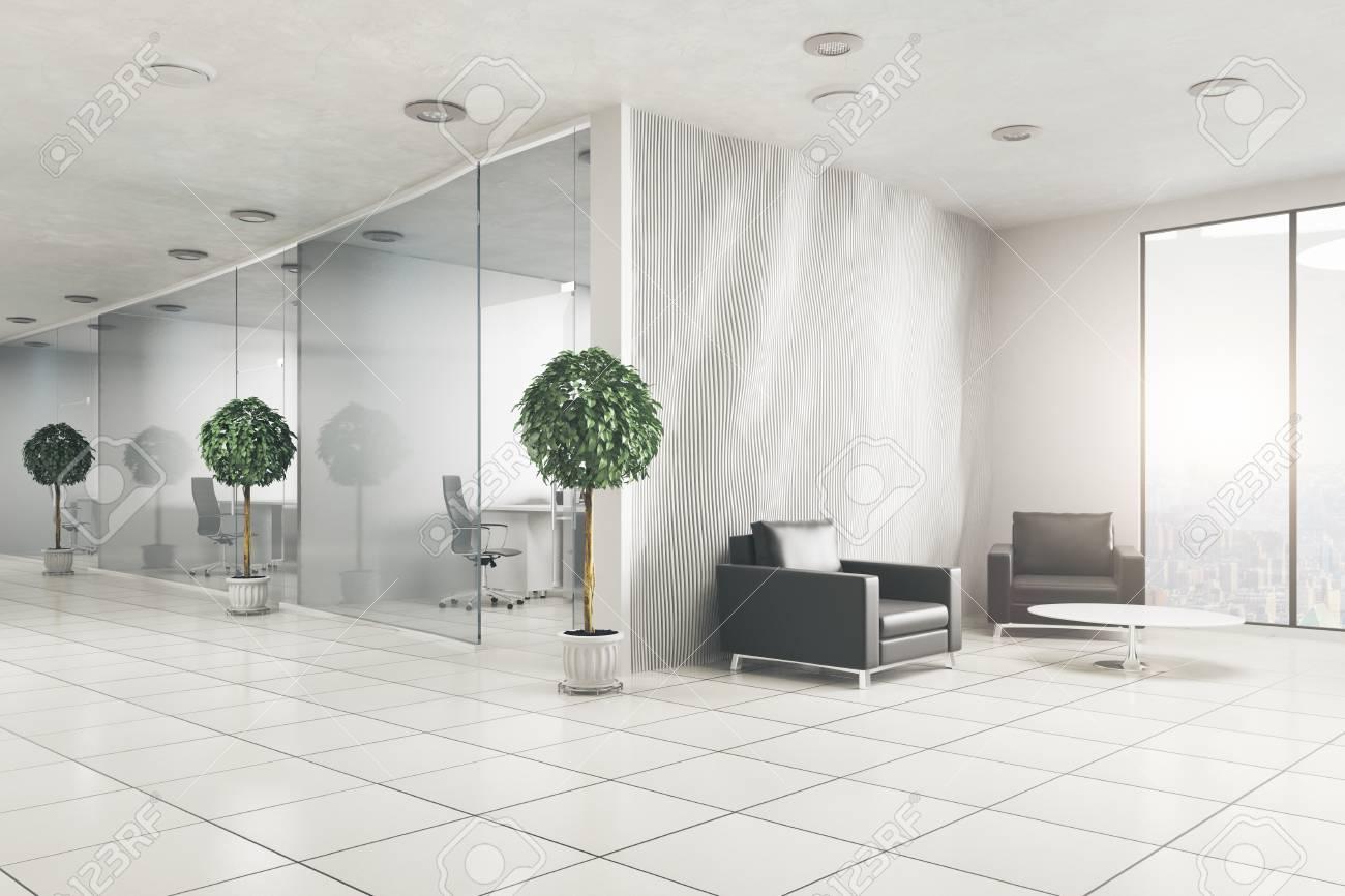 Intérieur de bureau moderne avec des plantes décoratives et vue