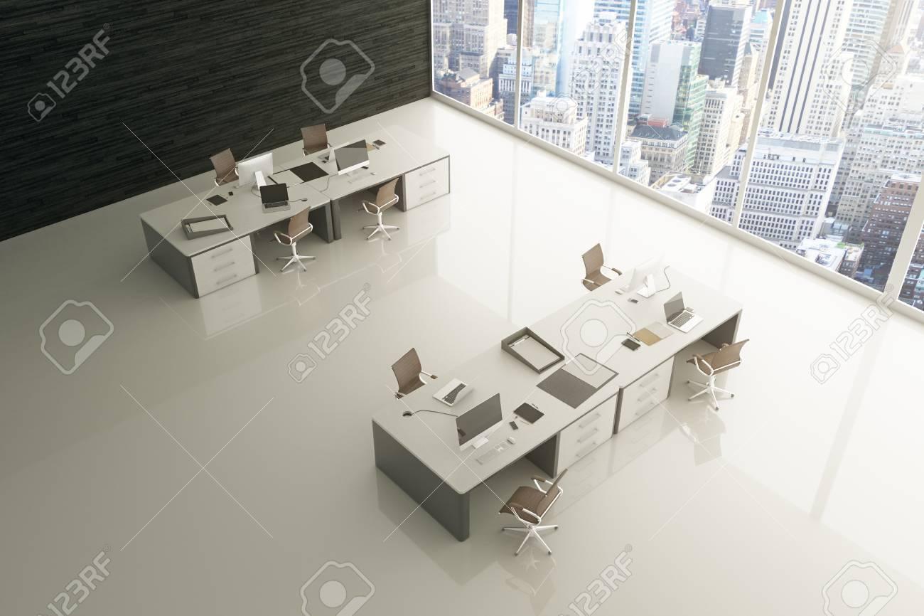 Topview Von Hellgrau Buro Interieur Mit Glattem Boden Blick Auf Die