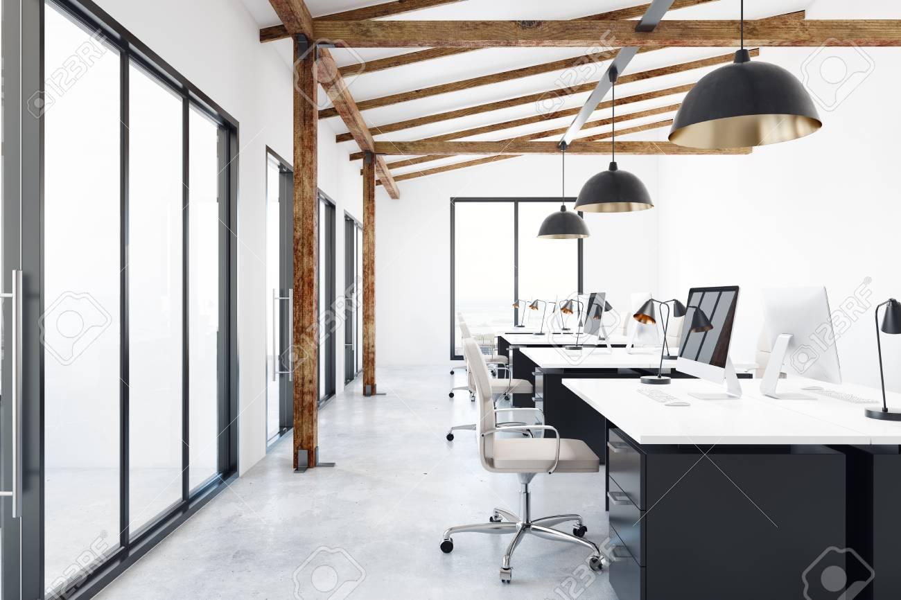 Ufficio Di Design : Interiore contemporaneo dellufficio di coworking con la vista della