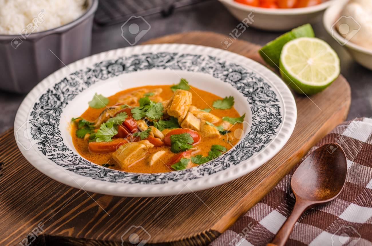Pollo al Curry con Verduras