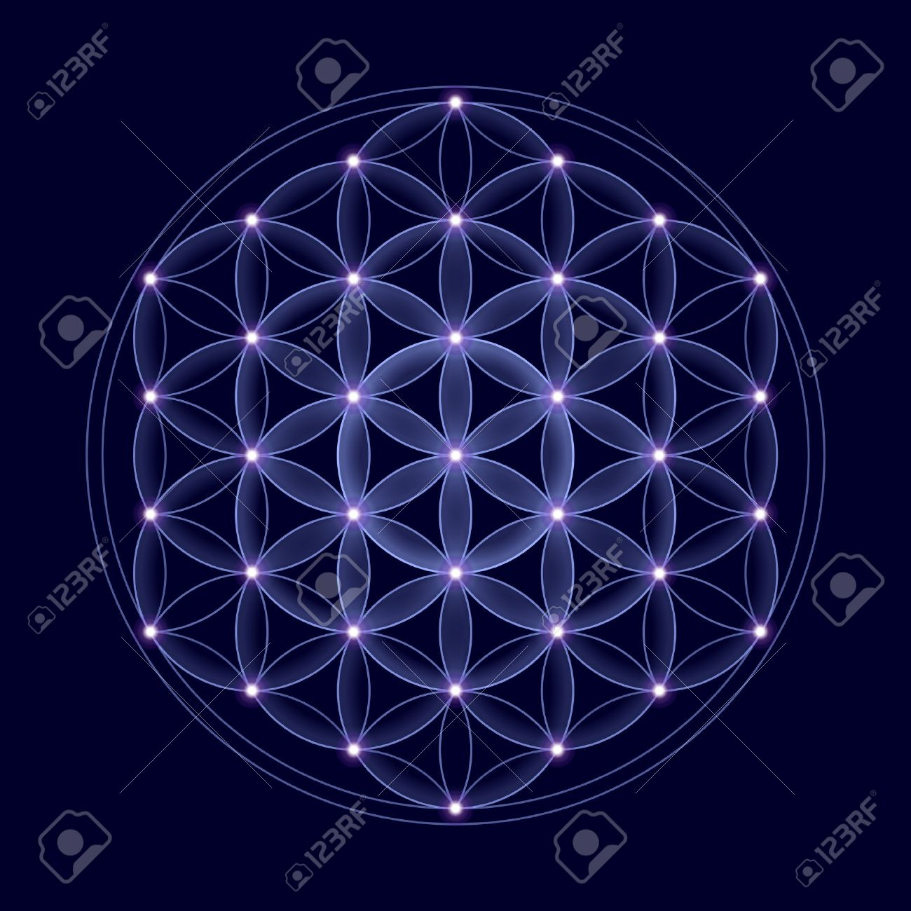 Cosmic Flower of Life with stars on dark blue background, a spiritual symbol and Sacred Geometry since ancient times. Banque d'images - 38616350