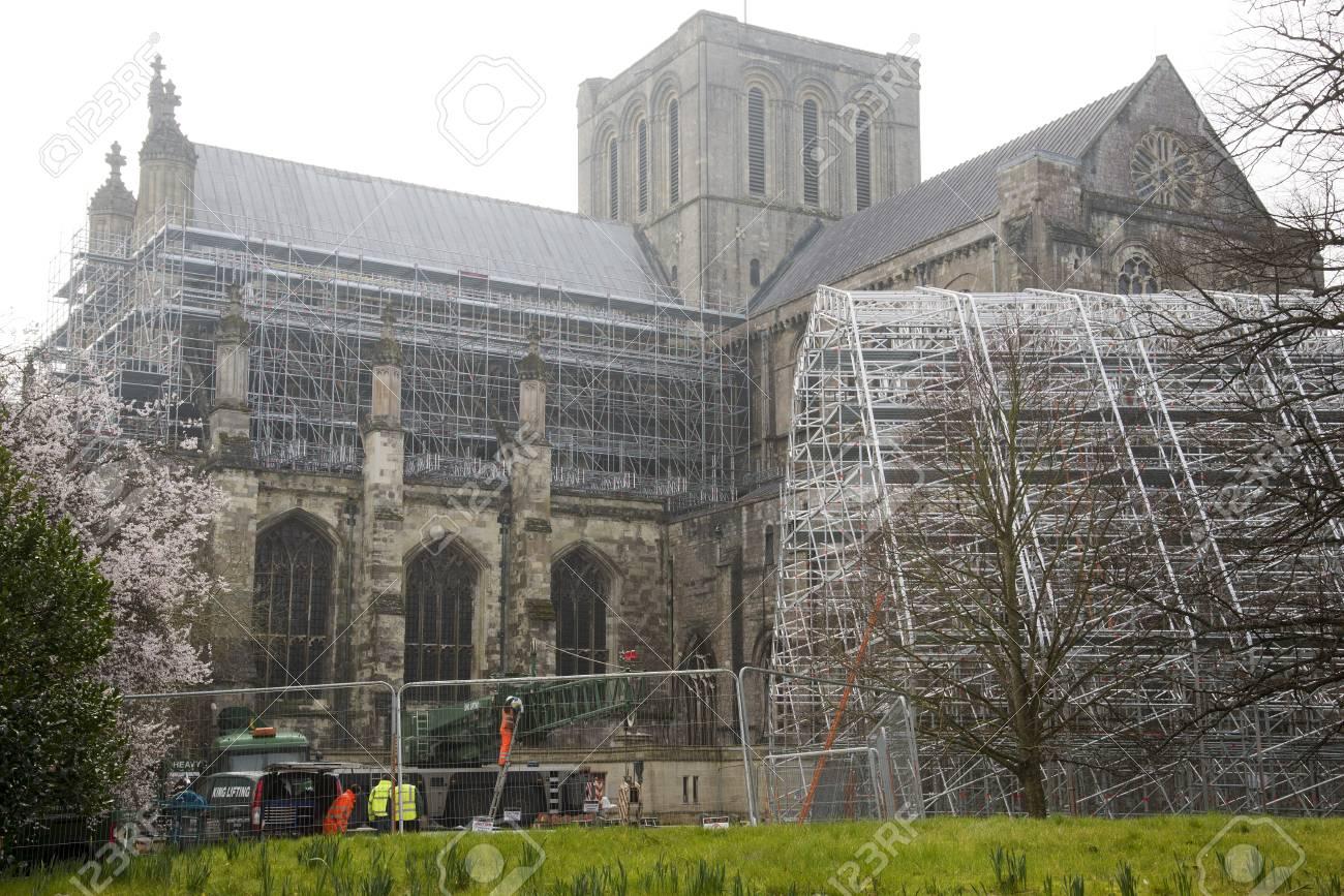 Gerüste Rahmen Wartet Auf Das Dach Der Kathedrale Von Winchester ...