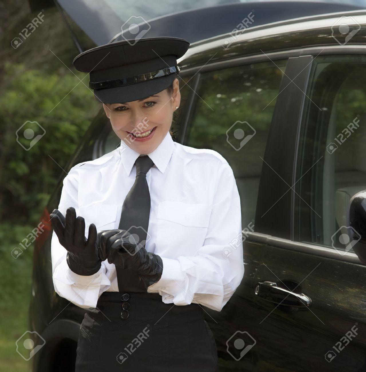 Black leather uniform gloves -