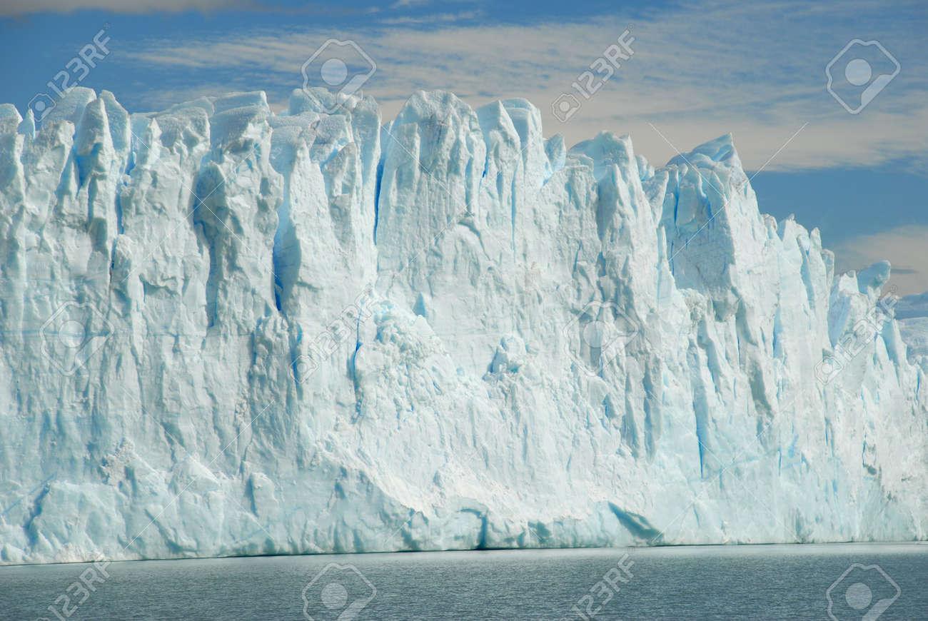 The Perito Moreno Glacier in Patagonia, Argentina.Lake Argentino, El Calafate Stock Photo - 2761672