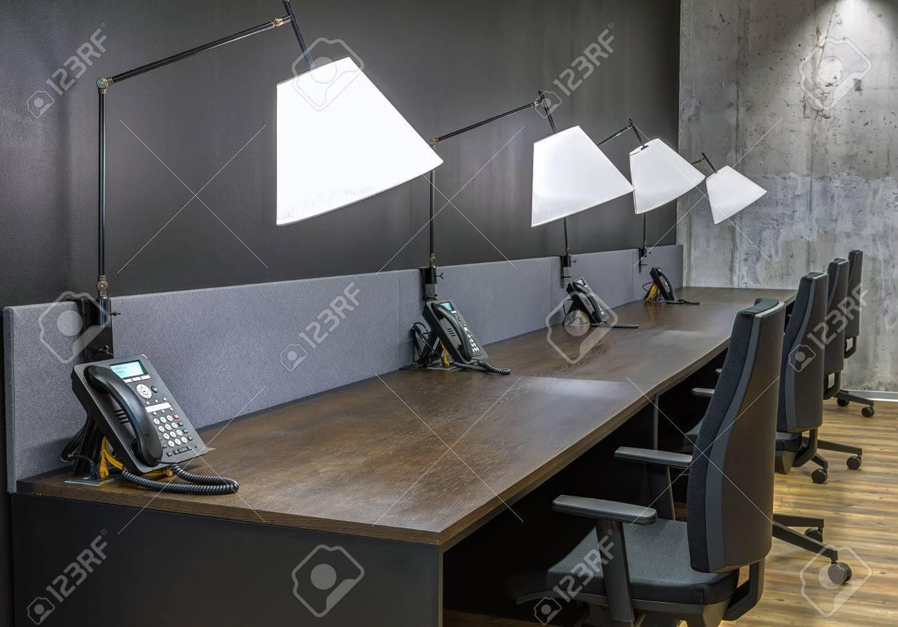 Openspace bureau doté dun mobilier moderne u photos et plus d
