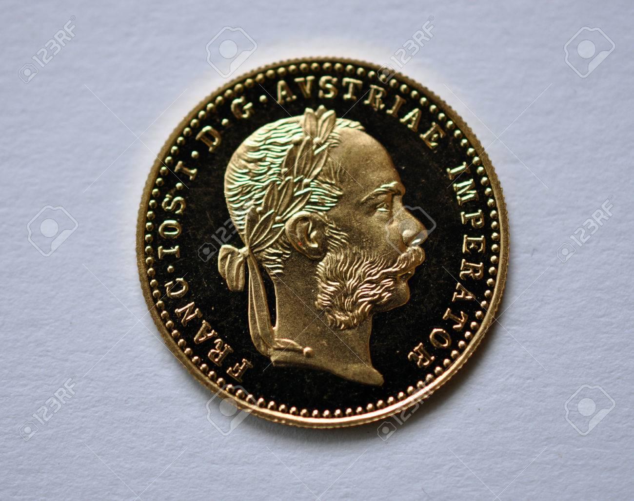Gold Dukaten Münze Von österreich Ungarn Lizenzfreie Fotos Bilder