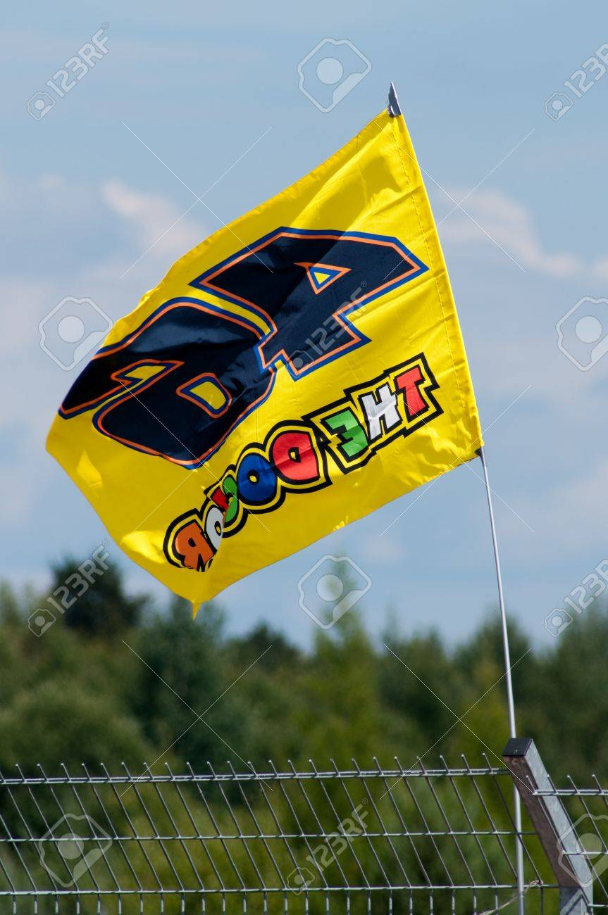 Circuito Brno Motogp : Brno czech republic august valentino rossi flag in main