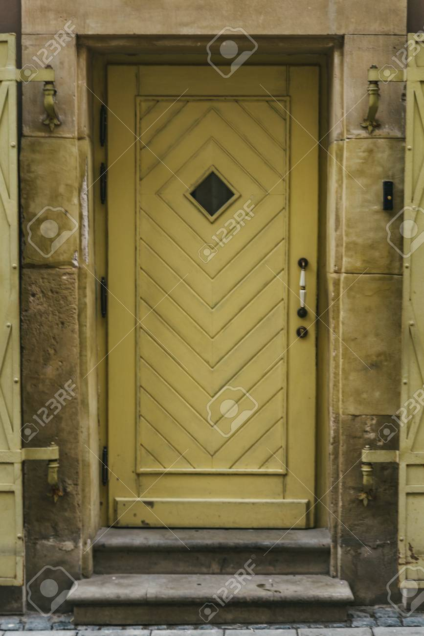 old brown vintage entrance door. exterior. graphic resources Stock Photo -  104115971 - Old Brown Vintage Entrance Door. Exterior. Graphic Resources Stock