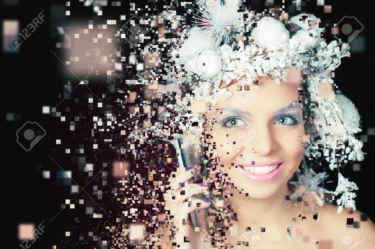 Winter Queen Mit Weissen Magischen Frisur Mit Handy Weihnachten Make