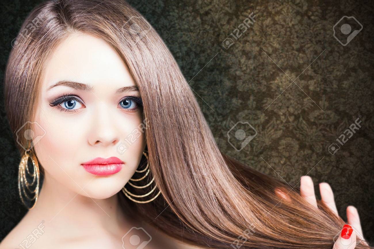 Fashion hairstyle. Beautiful woman with long straight hair. Barbershop. Healthy shampoo. Volume. Beauty. Hair keratin straightening, coloring - 53656010