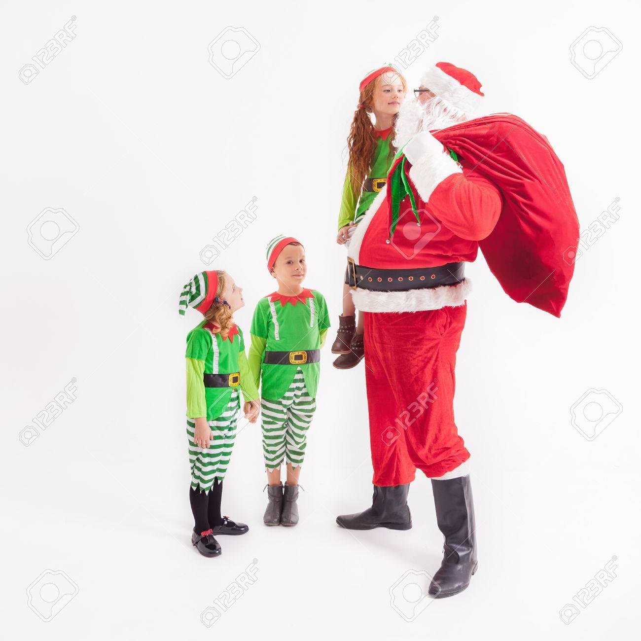 Weihnachtswunsch 2016. Santa Claus Und Kleine Kinder In Elven ...