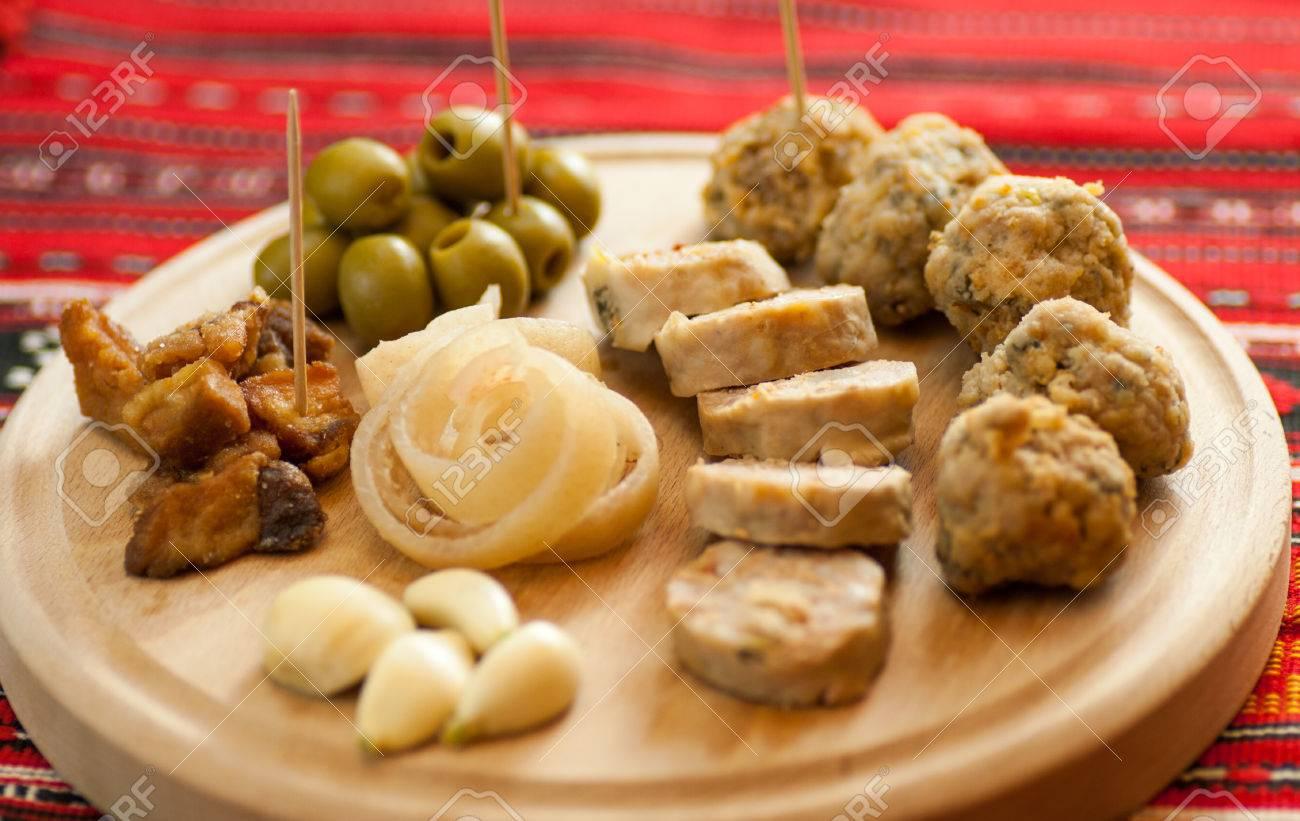 Antipasti Per Natale Di Carne.Immagini Stock Rumeno Antipasto Di Natale E Composto Da Vari