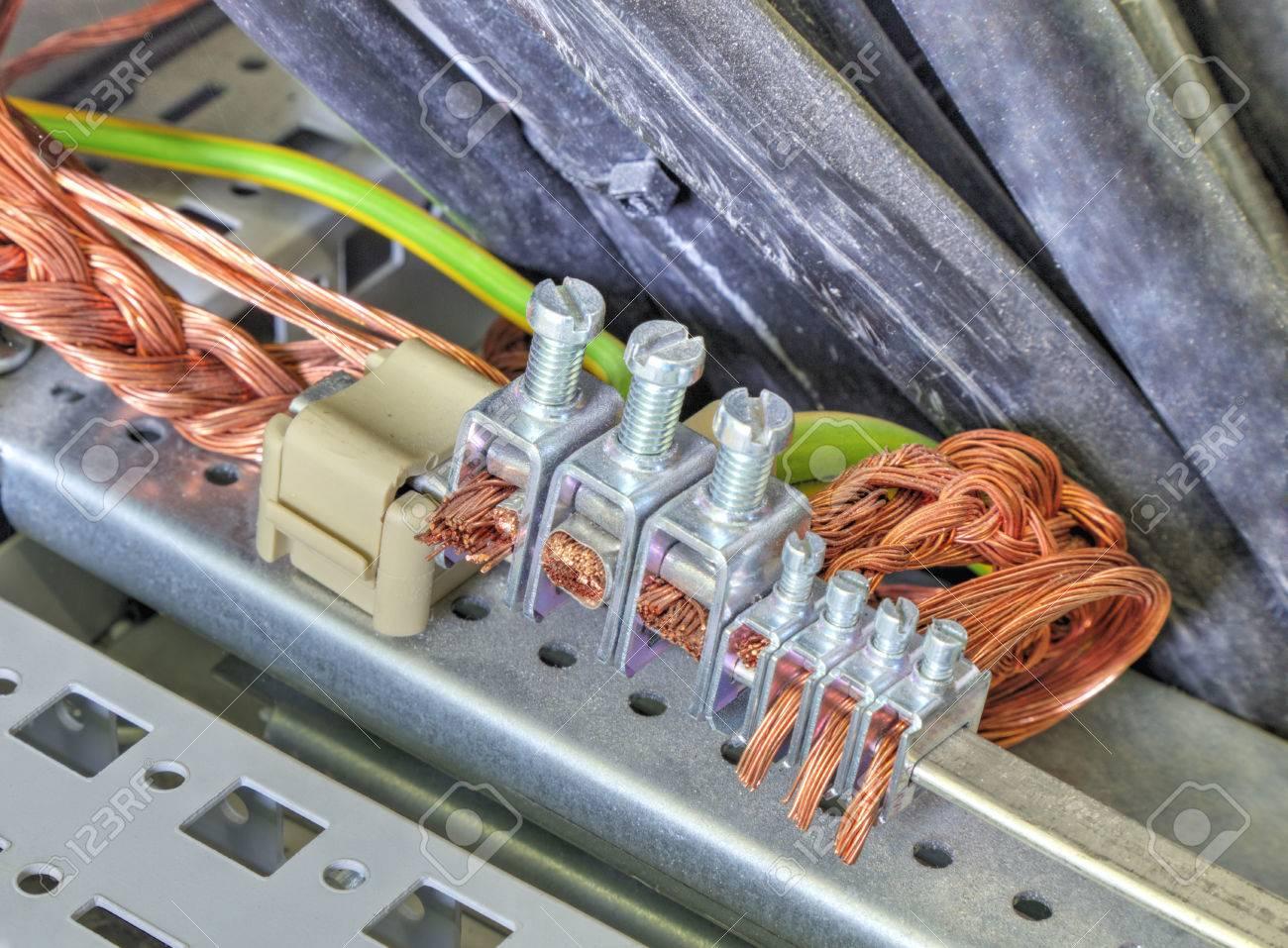 Charmant Glühwürmteile 30cxi Ideen - Schaltplan Serie Circuit ...