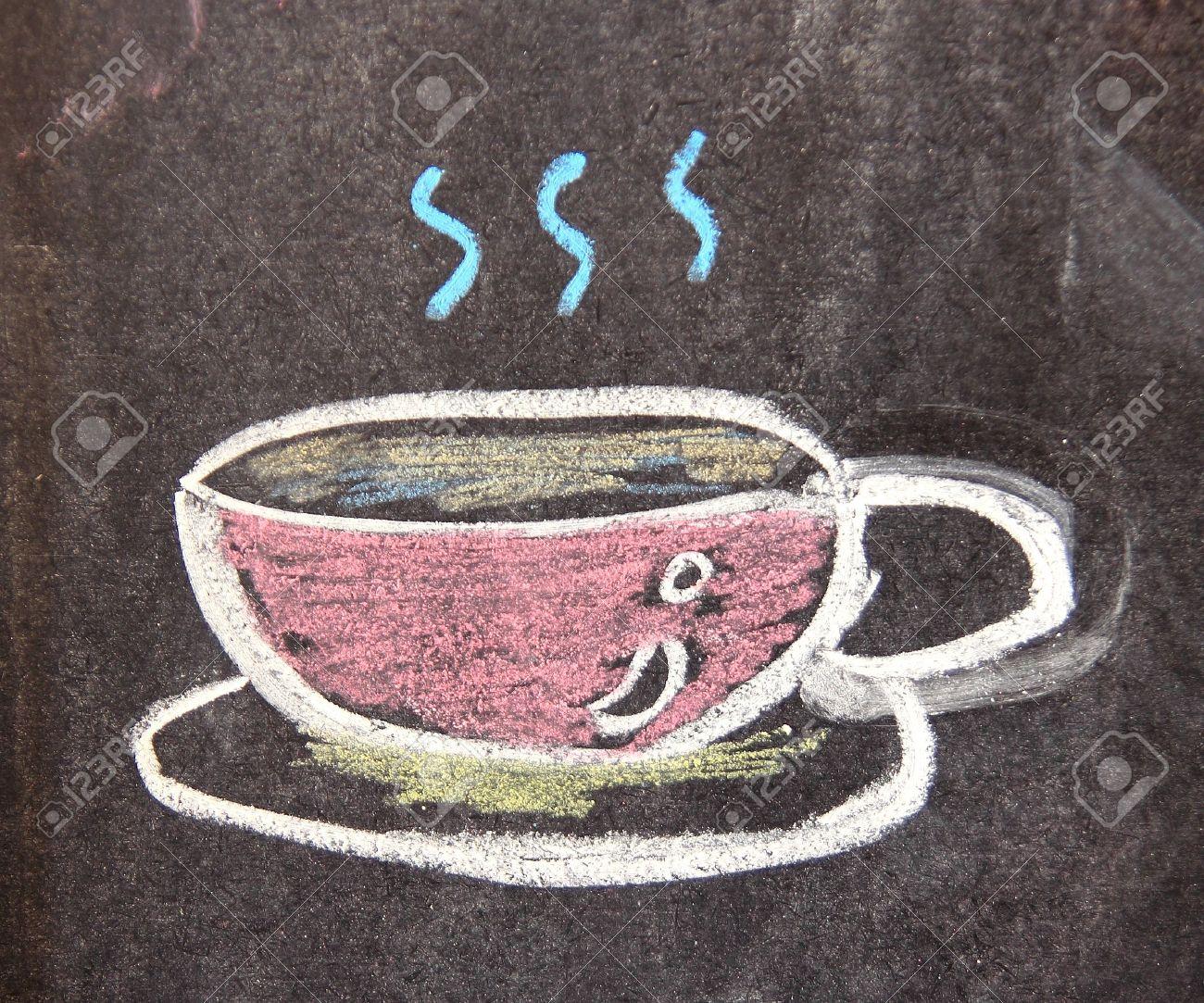 Disegno gesso della tazza di caffè sulla lavagna Archivio Fotografico - 14402918