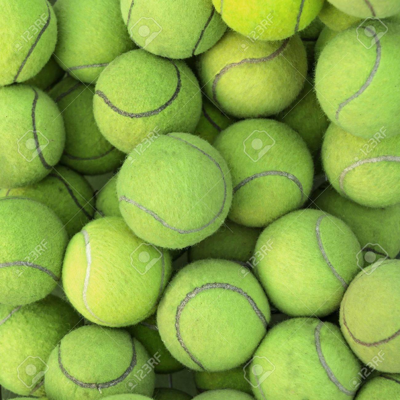 Tennis balls background texture - 16324991