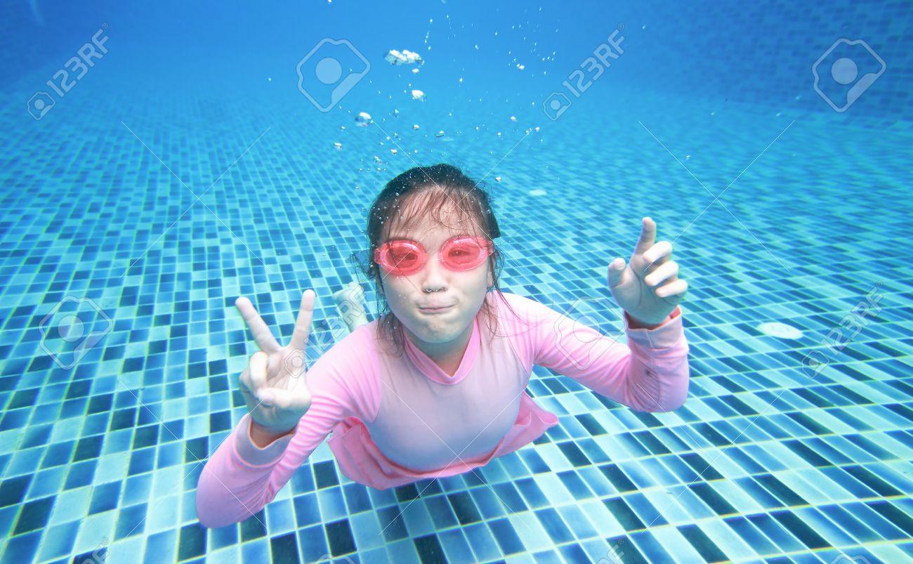 Asian girls underwater