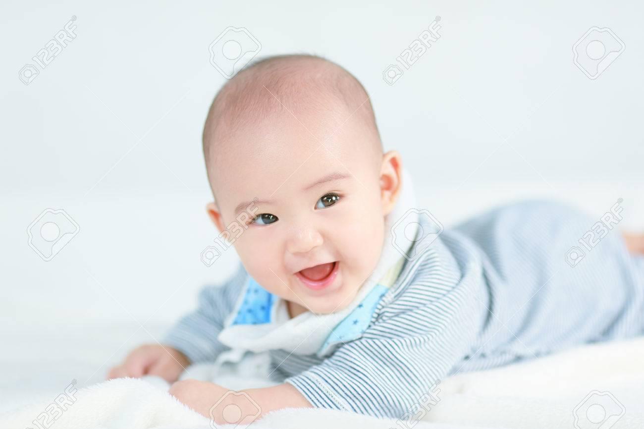 Little newborn baby boy - 35025481