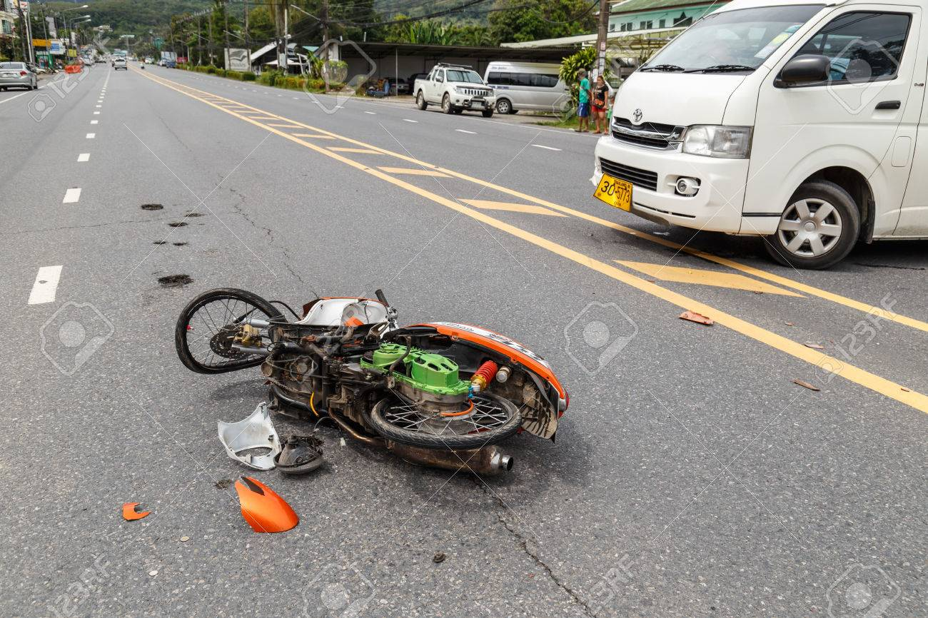 PHUKET, THAILAND - NOVEMBER 3 : Van accident on the road and