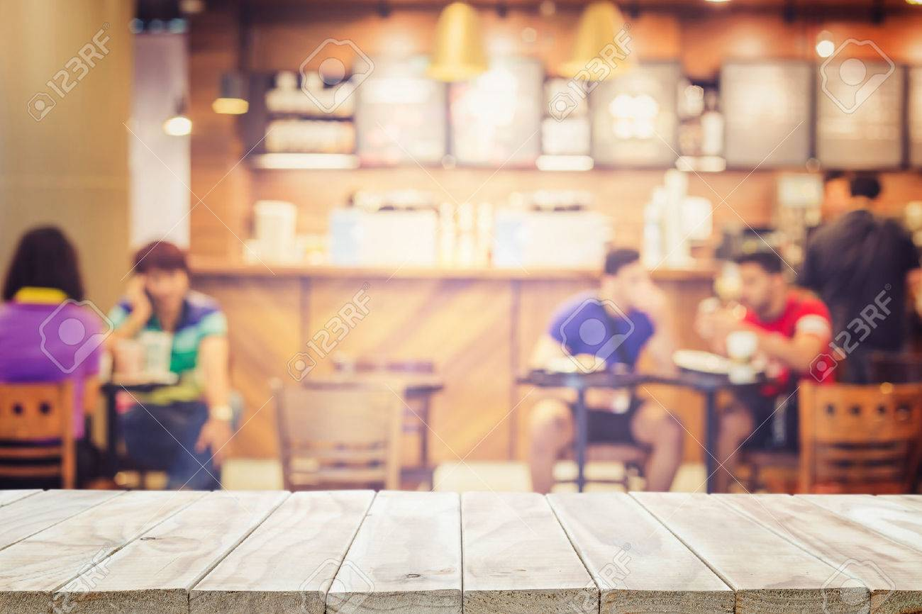 Empty top wooden table and blur with bokeh background. For product display Banque d'images - 45841967