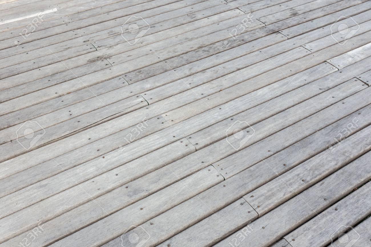 Altes Graues Ausseres Holzernes Decking Oder Bodenbelag Auf Der