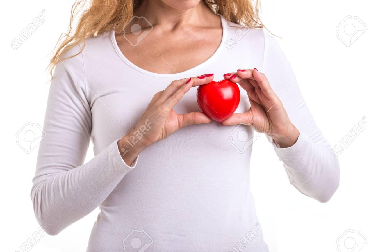 心臓 の 位置