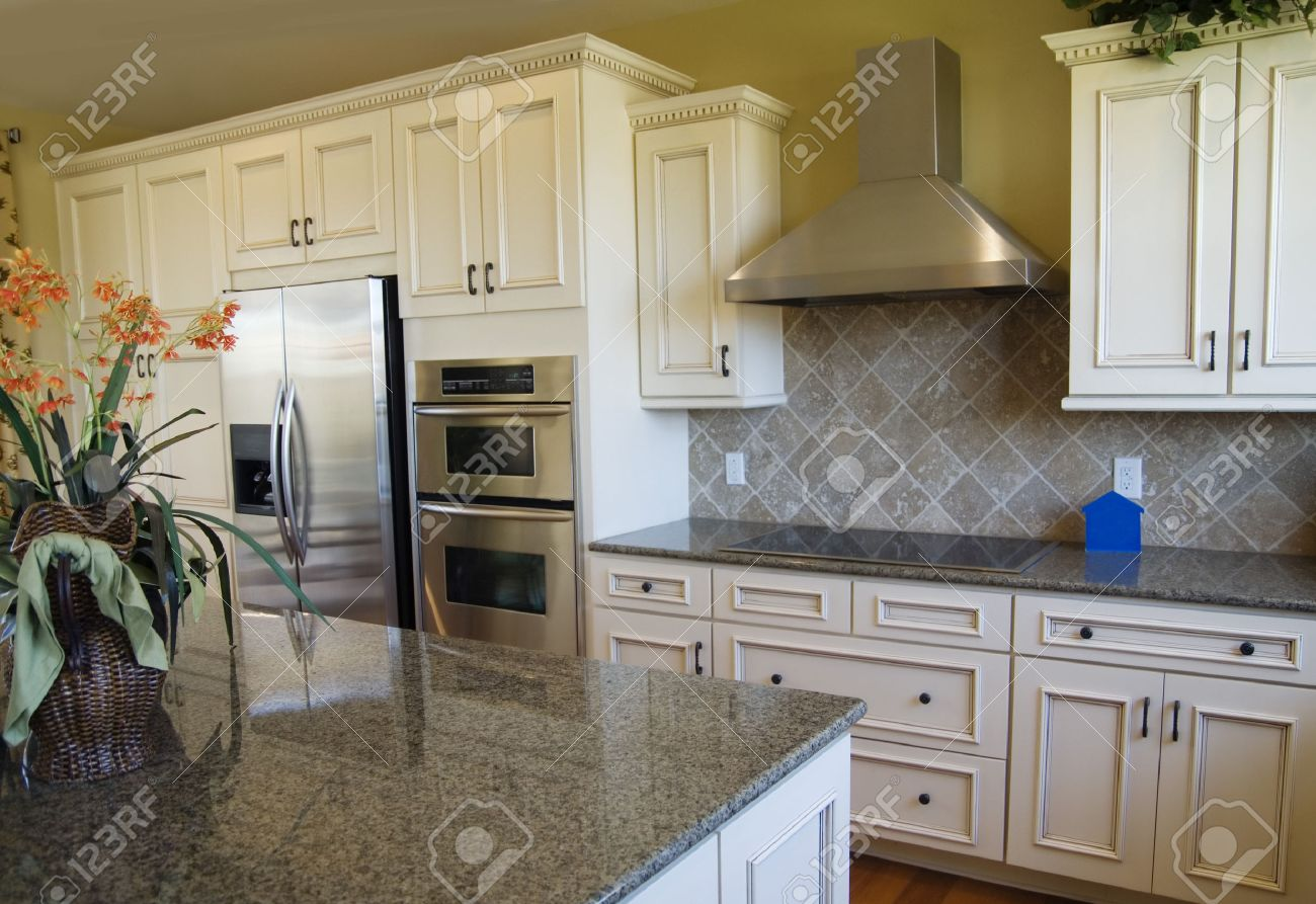 Luxus-Küche Design Lizenzfreie Fotos, Bilder Und Stock Fotografie ...